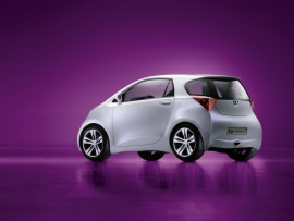 2007 Toyota iQ Concept Rear And Side  (click to view)